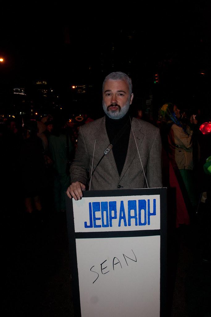 Snl celebrity jeopardy burt reynolds john travolta