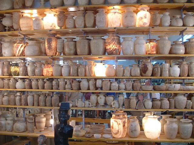 Egypt Alabaster Shop Demo Alabaster Vase Demonstrating T Flickr