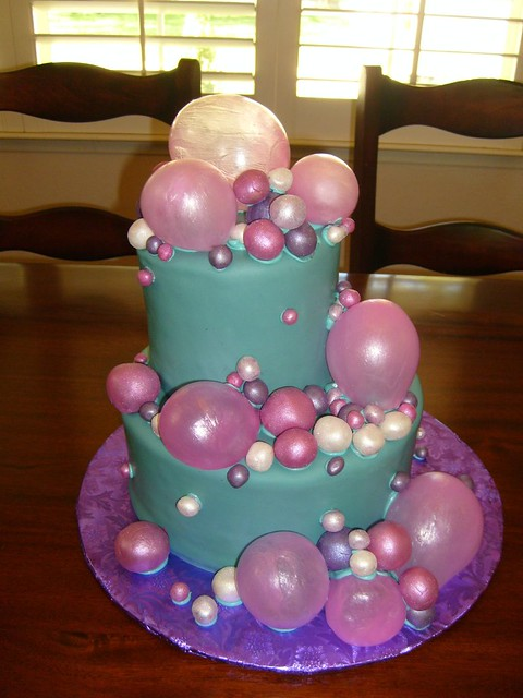 Bubbleicious 07 21 07 This Fondant Iced Cake Was For