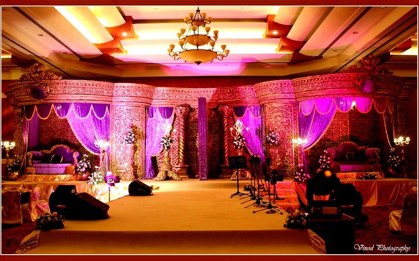 Arabic traditional wedding stage vinod tharammal flickr for Arabic stage decoration