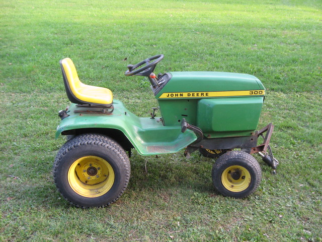john deere 300 a 1975 john deere 300 thought it would. Black Bedroom Furniture Sets. Home Design Ideas