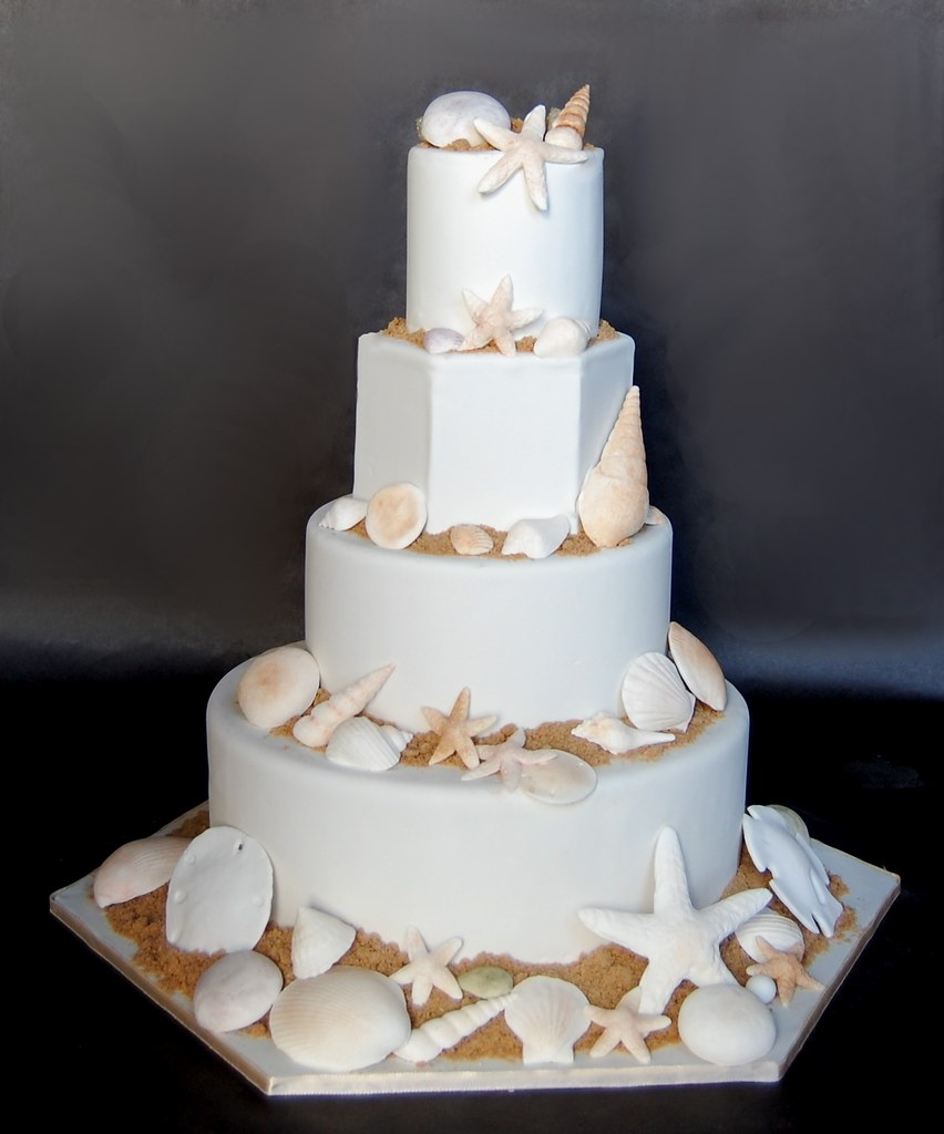 fake cake for wedding sea shells wedding cake cakes confidential 3975