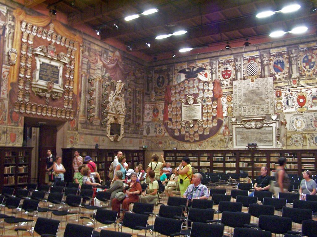 Aula Magna Archiginnasio Bologna Classroom With