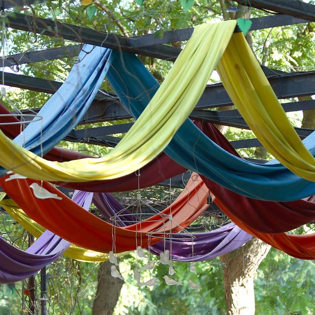 Arcos de colores jardines del prado sevilla a for Arcos para jardin