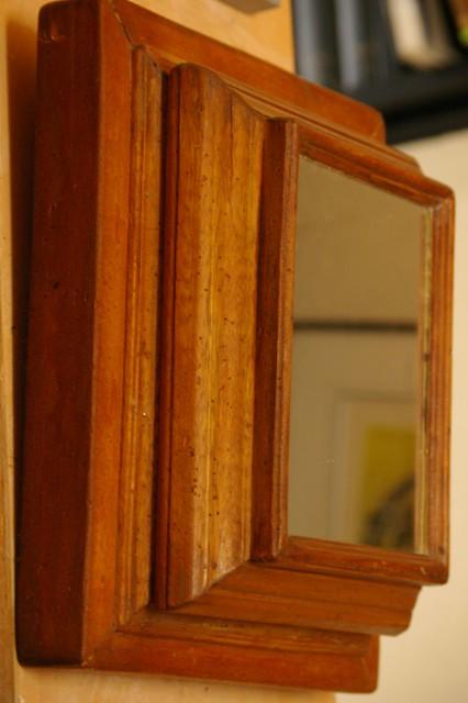 Miroir cache bible xviii me si cle flickr photo for Monsieur du miroir