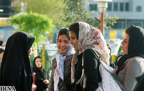 iranian police arrested women