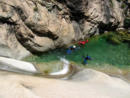 Le toboggan supérieur de la Purcaraccia en canyoning