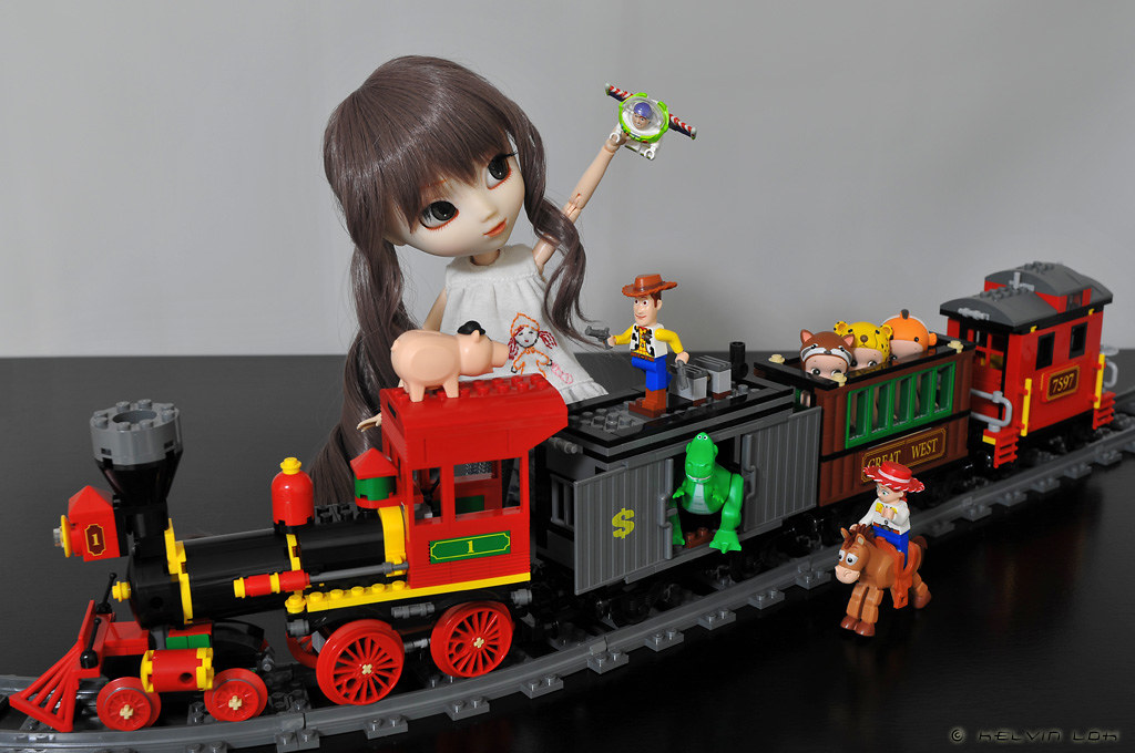 New Toy Story 3 Train : Western train chase i love trains toy story