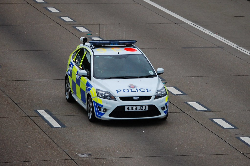 surrey police ford focus st anpr car seen on the m25 at. Black Bedroom Furniture Sets. Home Design Ideas