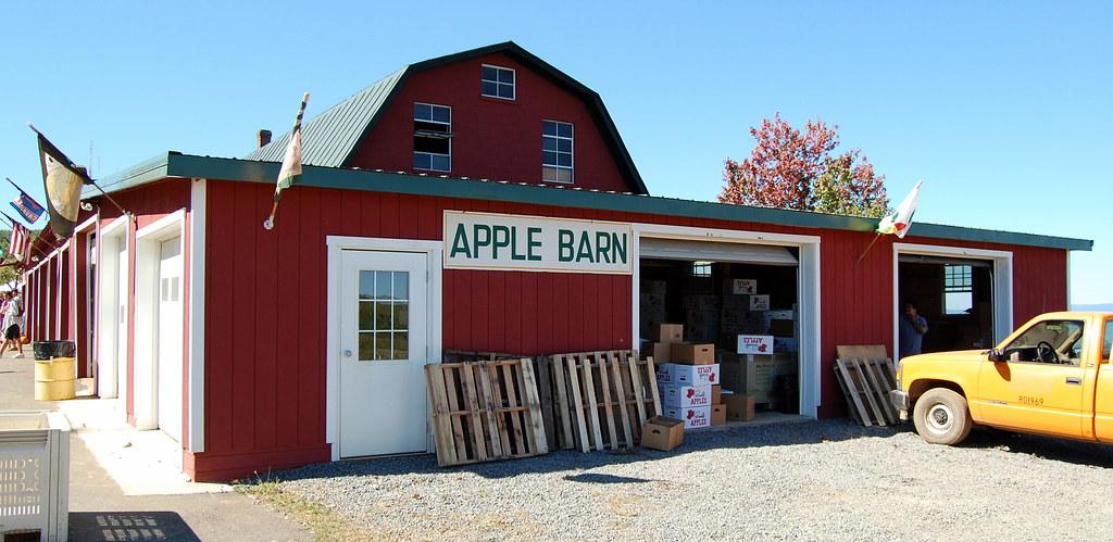 Apple Barn   The Apple Barn at Carter Mountain Apple ...