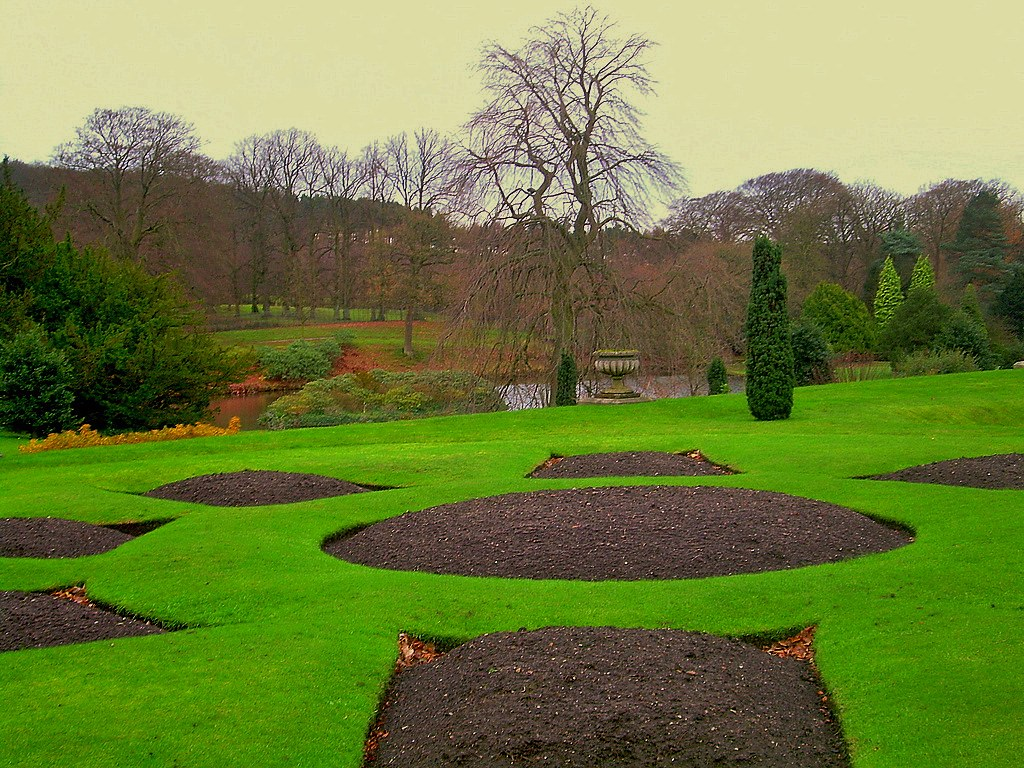 Tudor Gardens in Winte...