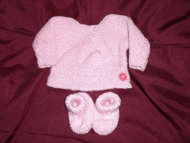 Baby Kimono Booties Knitting Pattern : Pink Preemie Kimono and Booties Flickr - Photo Sharing!