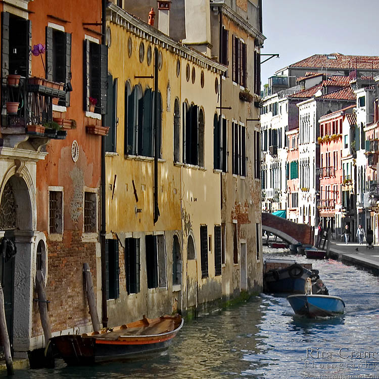 Rita crane photography italy venice canal boat do for Architecture venise