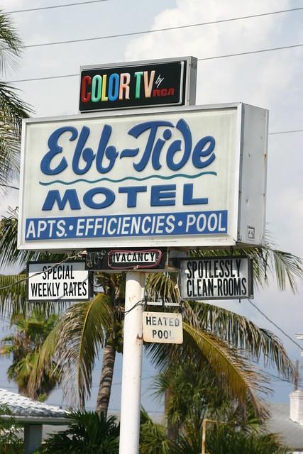 Treasure Island Motels Pet Friendly