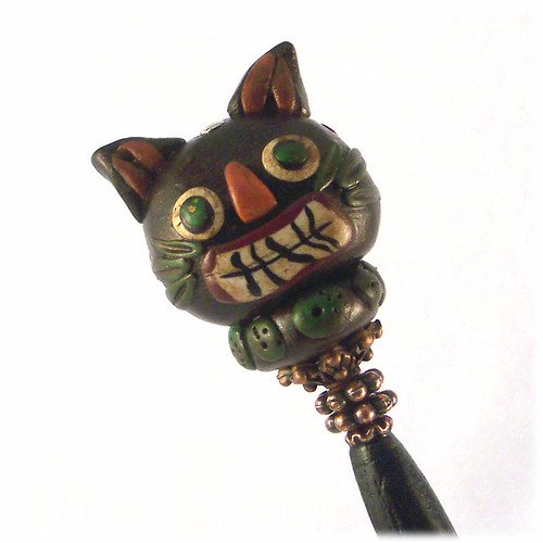 Skeerdy Cat Hairstick with Polymer Clay Bead | by ChickieGirlCreations