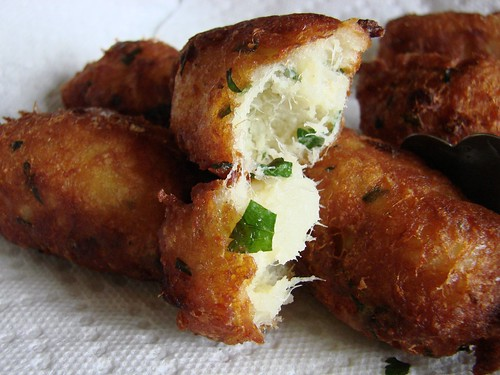 Pasteis de bacalhau flickr photo sharing for Portuguese cod fish recipes