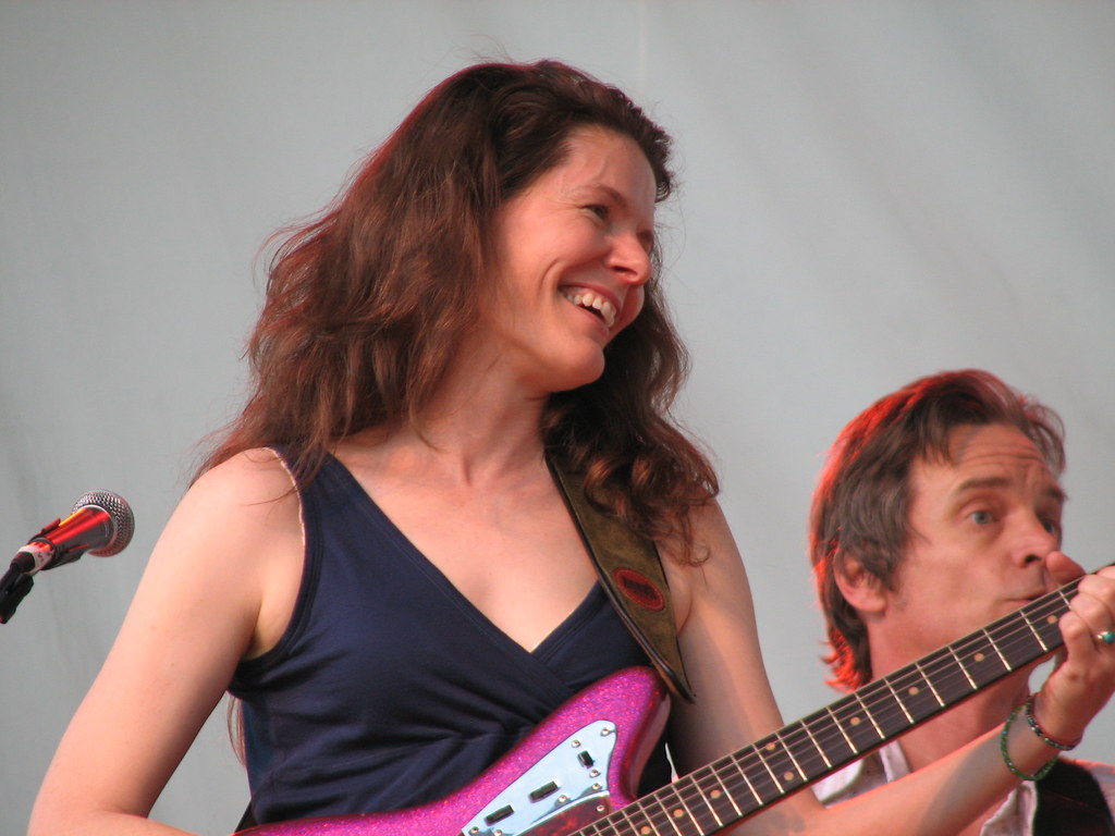 Edie Brickell And The New Bohemians At The Calgary Folk