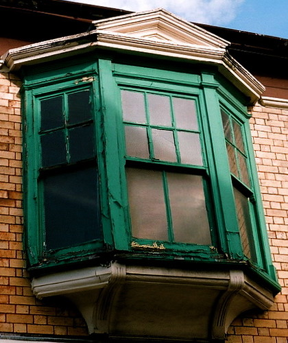 Victorian Bay Window : Green victorian sash bay window zeiss ikonta