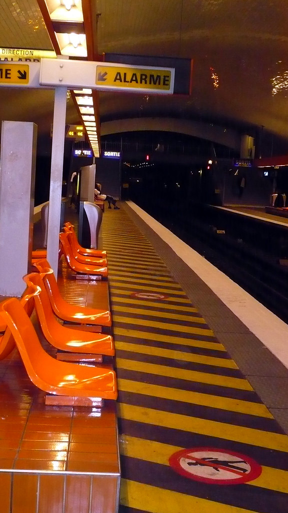16 ao t 2007 paris m tro porte de charenton 4 comment - Porte de charenton metro ...