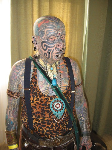 the era of tattoos and body A deviant art: tattoo-related stigma in an era of commodification  tattoo-related stigma in an era of commodification gretchen larsen   tattooed body and problematized deviations from them.
