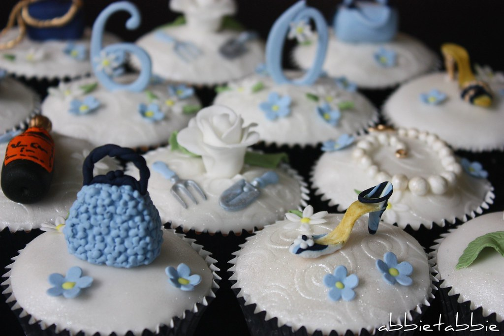Cupcakes For A 60th Birthday These Are Part Of An
