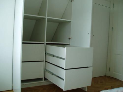 inbouwkast slaapkamer op zolder onder schuin dak  Flickr - Photo ...