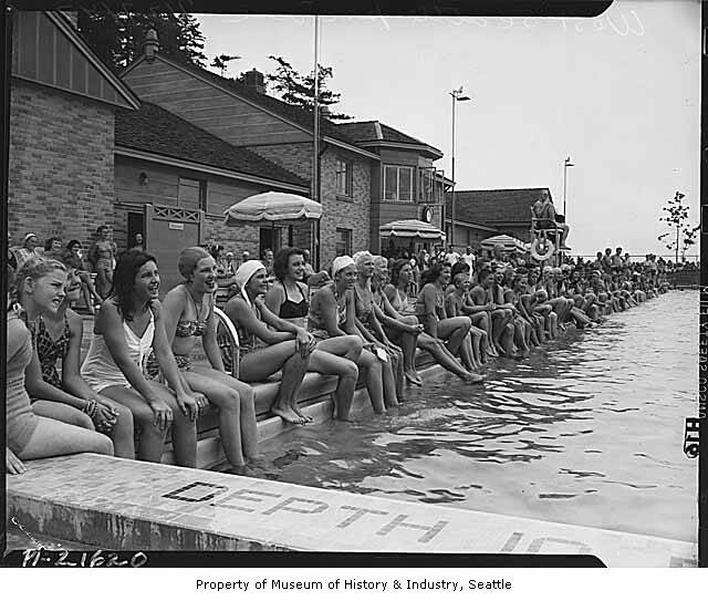 Lincoln Seattle: Group At Colman Pool For West Seattle Commercial Club Picn