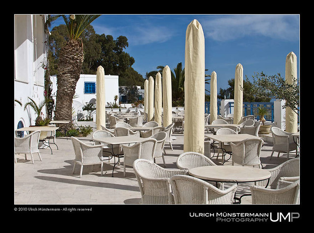 Terrace of restaurant 39 dar zarrouk 39 sidi bou sa d for Sidi bou said restaurant