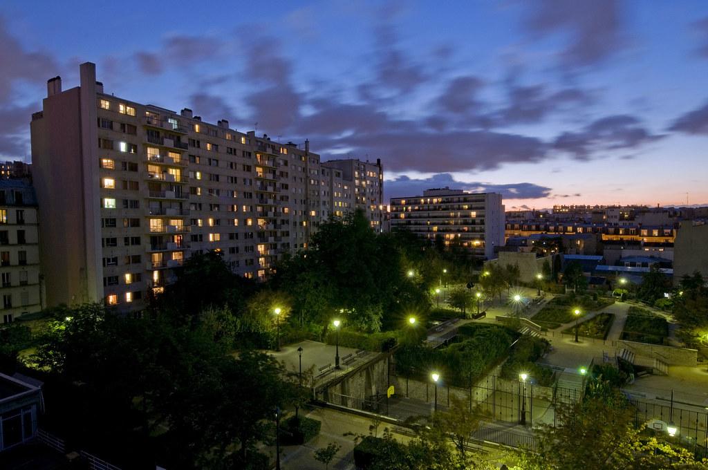 France Paris 75018 Le Square L 233 On Serpollet 169 16 10