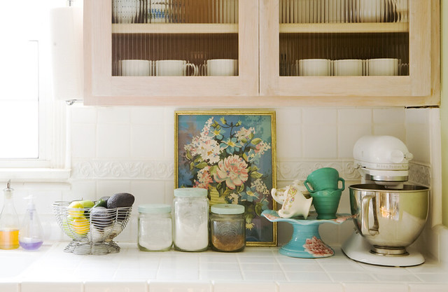 vintage decorating ideas for kitchens kitchen counter 01 raya flickr 26138