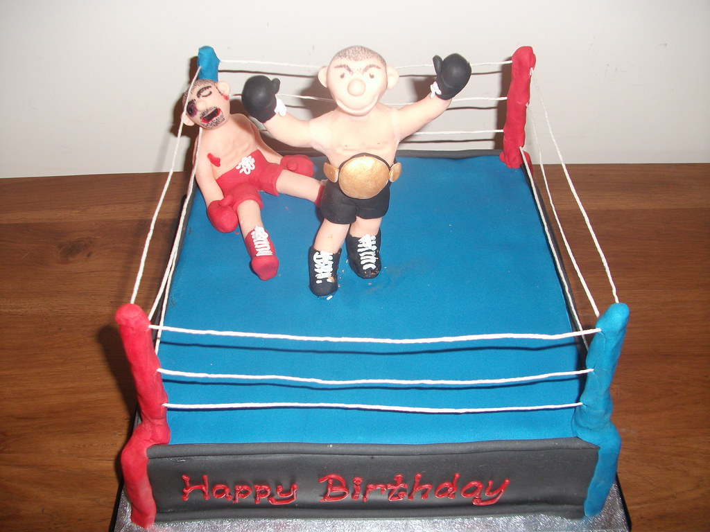 Boxing Ring Cake Love The Figures Not Too Happy Witht