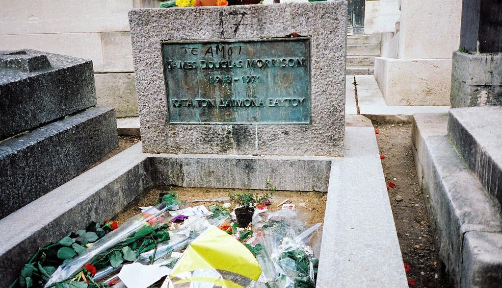 Jim Morrison S Grave P 232 Re Lachaise Cemetery Paris Franc