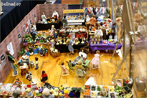 Beautifully displayed in large wide aisles you will find the largest range of Collectable Limited Edition Bears in the Southern Hemisphere, plus a huge selection of plush Cute & Cuddly Teddies, Dogs, Cats, Farmyard Friends, Wild Jungle Beasts, Fantasy Creatures.