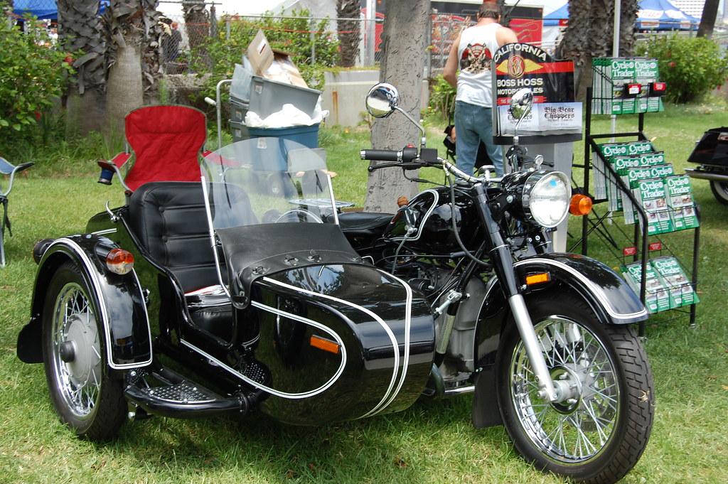 ural side car motorcycle dsc 0003 still flickr. Black Bedroom Furniture Sets. Home Design Ideas