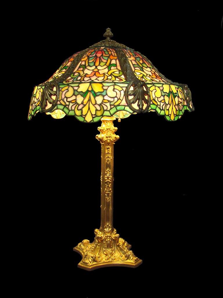 Lampe De Louis Comfort Tiffany  Mus U00e9e Des Arts D U00e9coratifs