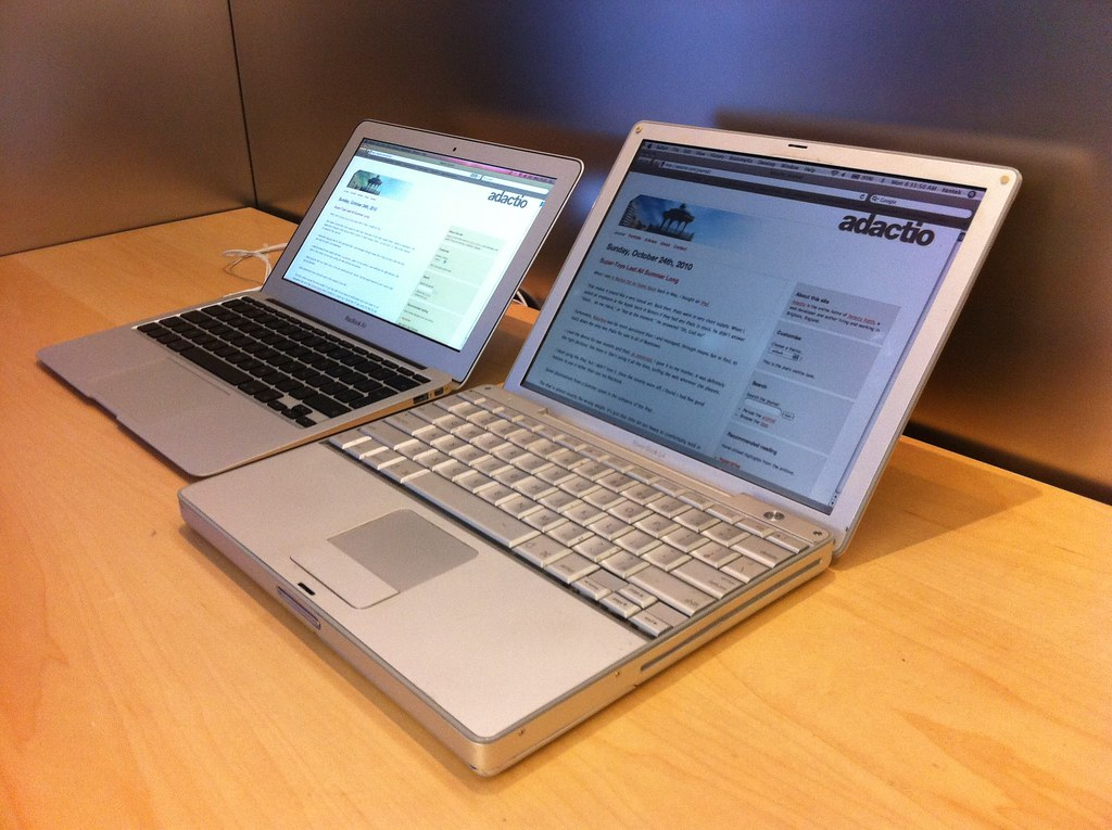 12 Inch PowerBook G4 Vs 11 Inch MacBook Air