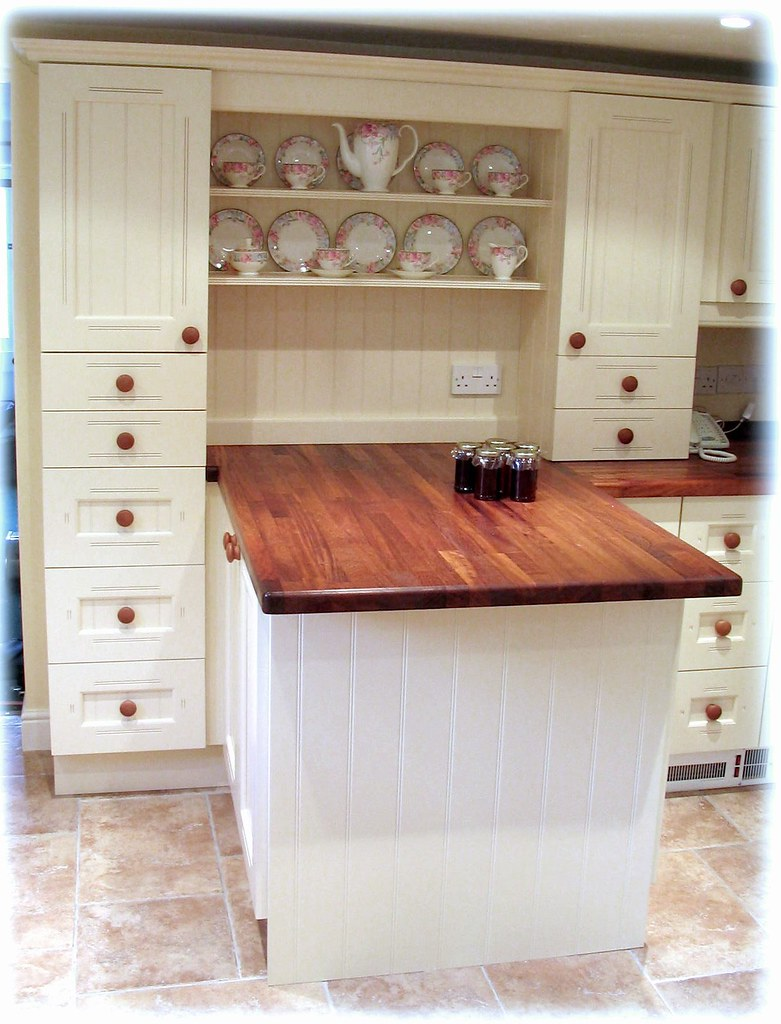White Kitchen Dresser Unit