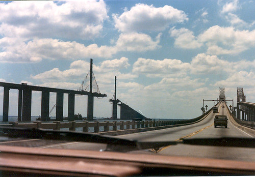 Sunshine skyway bridge 05 19 1986 1 3 construction for Sunshine construction