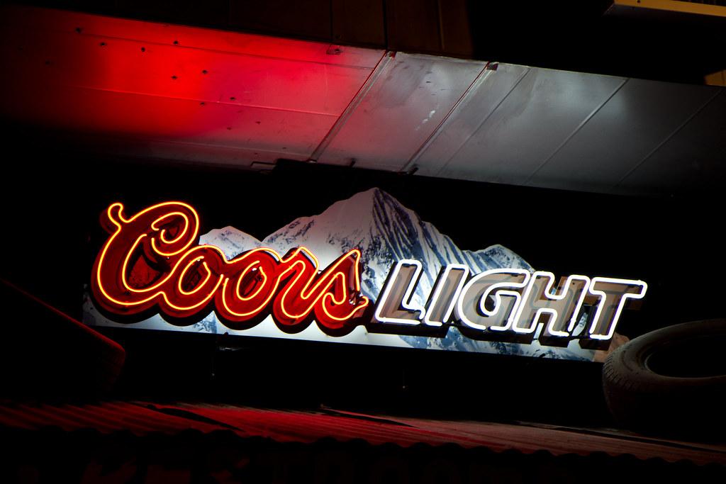 Coors Light Neon Sign At Rudy S Bar B Que In Colorado Spri