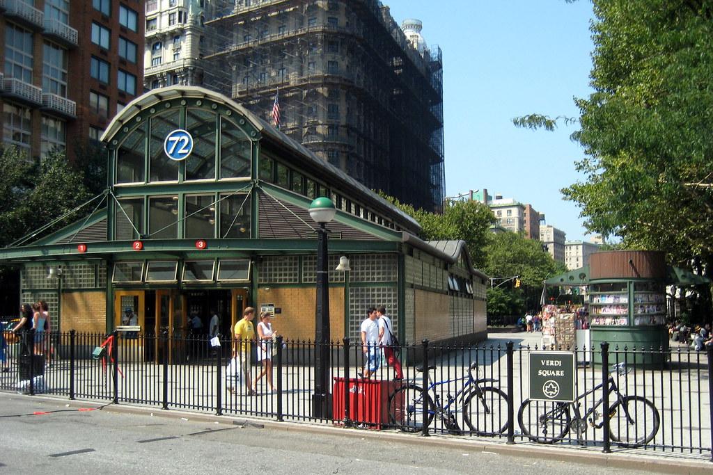 Nyc Uws 72nd Street Subway Station And Verdi Square