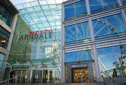 Retail Sales Advisor in Manchester, The Arndale Shopping Centre, M4 3AQ. 40 hours per week working 5 days from 7. Expected earnings: £35, OTE Earnings 13 days ago - save job saved to my jobs - .