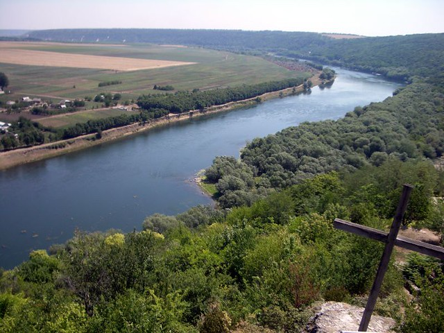 Soroca: Dniester river as seen from The Candle of Gratitud ...