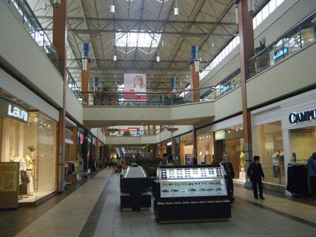 Searching for special hours of another Canada mall? Only malls with Special hours are available in this form. For all Canada malls & centers visit this section.