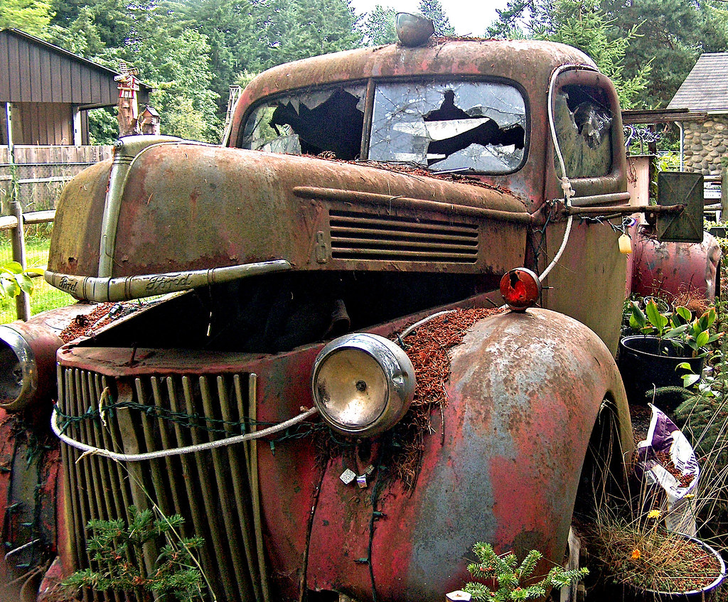 Old Fire Truck for Sale | I went to the most wonderful yard … | Flickr