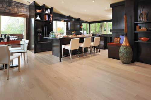 Mirage Alive Red Oak Isla [Dining] | by Mirage floors