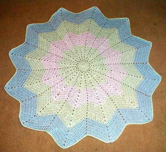 Star Baby Blanket Knitting Pattern : Round Ripple Baby Afghan from pattern at AngleCrafts Flickr