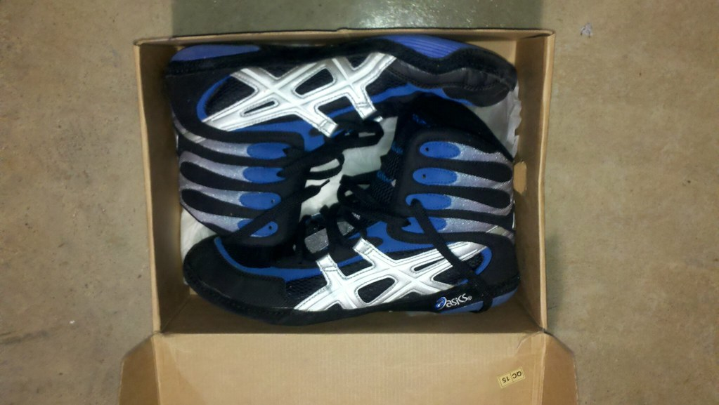 purchase cheap 09d63 8932b Pin Old School Asics Wrestling Shoes Flickr Photo on Pinterest RSS