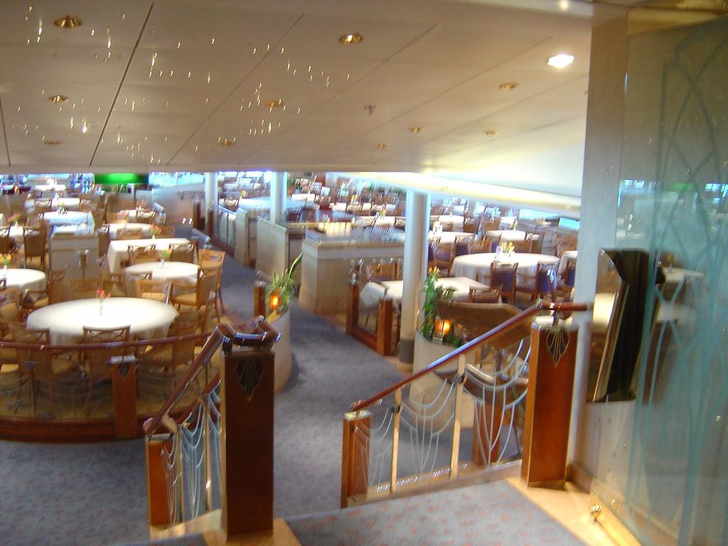 P o aurora cruise ship alexandria restaurant gary for Aurora p o interior