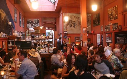 Pagliacci Restaurant Victoria Bc