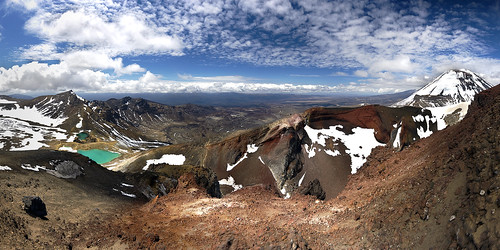 Tongariro Alpine Crossing | by Jeff Pang